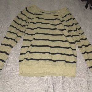 Olive green stripped sweater